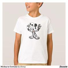 Mickey in Costume. Producto disponible en tienda Zazzle. Vestuario, moda. Product available in Zazzle store. Fashion wardrobe. Regalos, Gifts. #camiseta #tshirt