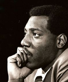 Listen to music from Otis Redding like (Sittin' On) The Dock of the Bay, Try a Little Tenderness & more. Find the latest tracks, albums, and images from Otis Redding. I Love Music, Kinds Of Music, Good Music, Otis Redding, James Brown, Monterey Pop, The Ventures, Hip Hop, Soul Singers