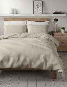 Bedding Master Bedroom, Master Bedroom Makeover, Home Decor Bedroom, Bedroom Inspo, Bedroom Ideas, Textured Bedding, Loft Furniture, Simple Bed, Cotton Bedding
