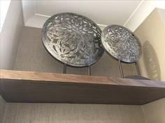 Metal disc display