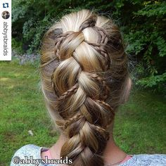 How beautiful is this Dutch braid with micro braid accents??!!!!! ~~~~~~~~~~~~~♡~~~~~~~~~~~~~~~ Thank you Abby @abbysbraids for this beautiful pic!! ~~~~~~~~~~~~~♡~~~~~~~~~~~~~~~ see my 'HOW TO:make a Dutch braid with micro braid accents'  pictorial here:  https://instagram.com/p/2-8OupS2pw/