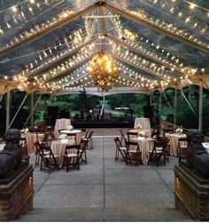 Do you have a plan B for your outside wedding? New Orleans is a subtropical environment, but many venues don't have an option if it rains. All photos were supplied by http://gulfcoast-tent.com