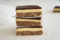 Chocolate Slice, Chocolate Treats, Chocolate Recipes, Mint Slice, Apricot Slice, Lemon Slice, Yummy Treats, Sweet Treats, Recipes