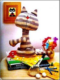 Book Cat (63 pieces)