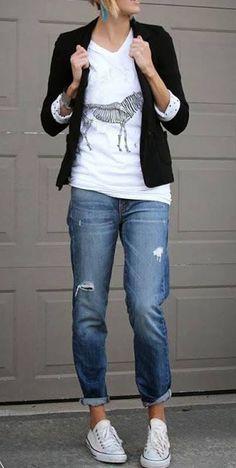 Otra manera de usar una camiseta, #jeans + #camiseta + #blazer + #favoriteshoes