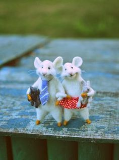 Valentine's day Little mouse Mouse doll animal Felted