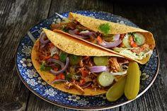 Reteta Pulled pork la Multicooker Crock Pot Express cu gatire sub presiune Multicooker, Pavlova, Pulled Pork, Crockpot, Slow Cooker, Tacos, Ethnic Recipes, Food, Essen