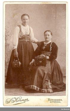 Bø Museum | Beltestakk Antique Photos, Old Photos, Folk Costume, Costumes, Folklore, Marilyn Monroe, Norway, Sweden, The Past