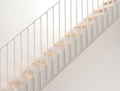 Dossier de presse   1113-06 - Communiqué de presse   Maison Lagarde - La SHED Architecture - Architecture résidentielle - Escalier - Crédit photo : Maxime Brouillet