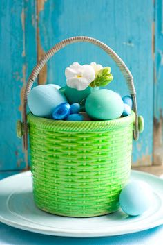 Colorful Candy-filled-pots adorn the Easter table:  Matthew Mead