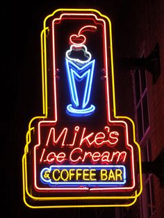 Another yummy place :) This place was PACKED :) Mike's Ice Cream...Nashville, Tennessee