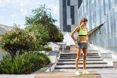 8 Moves for Flat Abs That Aren't Crunches! – Kayla Itsines