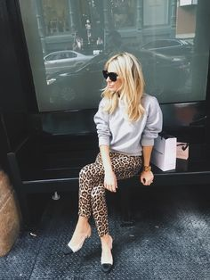 Shop the Look from boobsandloubs on ShopStyle - Animal Print Moment @ NYFW Leopard Leggings Outfit, Printed Leggings Outfit, Leggings Outfit Summer, Fashion Pants, Fashion Outfits, Womens Fashion, Fashion Styles, Fashion Clothes, December Outfits