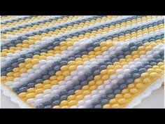 Bonibon blanket making / booble stich / crocheted blanket / baby blanket – Baby Shower Party Baby Bathroom, Knitted Afghans, Square Patterns, Paper Flowers Diy, Crochet Videos, Baby Knitting Patterns, Baby Blanket Crochet, Baby Quilts, Lana