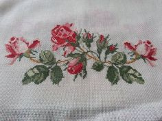 This Pin was discovered by Neş Cross Stitch Rose, Cross Stitch Flowers, Cross Stitch Charts, Cross Stitch Patterns, Cross Stitching, Cross Stitch Embroidery, Ribbon Work, Rose Bouquet, Embroidery Patterns Free