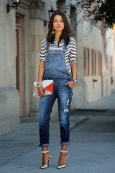 macacão jeans com top listrado! Trocaria o sapato para um mais casual!!! Inspiração Street Style: Listras