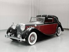 1948 Jaguar MK IV Saloon! #Jaguar #Cars #ArtDeco