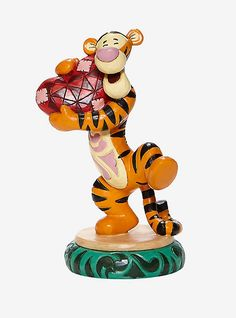 Figurine Disney, Jean Christophe, Trick Or Treat Studios, Disney Traditions, Disney Couture, Disney Winnie The Pooh, Illustrations, Collectible Figurines, Halloween Masks