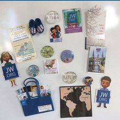 Convention gifts , i love magnets Más Pioneer School Gifts, Pioneer Gifts, Jw Gifts, Craft Gifts, Jw Meme, Caleb Y Sophia, Jw Convention, Jw Pioneer, Labor