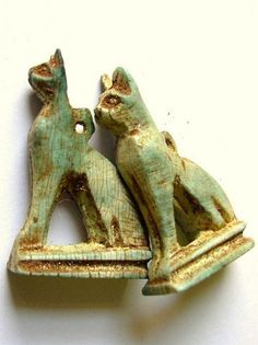 """Egyptian Cat """"Bastet"""" Amulet 35mm (ES16) Cats In Ancient Egypt, Old Egypt, Ancient Art, Egypt Jewelry, Ancient Jewelry, Egyptian Cats, Egyptian Goddess, Cat Art, Carving"""