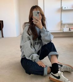 korean fashion aesthetic outfits soft kfashion ulzzang girl 얼짱 casual clothes grunge minimalistic cute kawaii comfy formal everyday street spring summer autumn winter g e o r g i a n a : c l o t h e s Source by blindedbytheroses dresses fashion Kfashion Ulzzang, Ulzzang Korean Girl, Cute Korean Girl, Ulzzang Style, Korean Fashion Ulzzang, Soft Grunge Outfits, Korean Girl Fashion, Korean Street Fashion, Ulzzang Fashion Summer