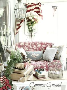 You didn't think you'd get by without a   sunporch  4th of July now did you?          I love to change things up on the sunporch for the...