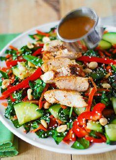 Low FODMAP & Gluten free Recipe - Sesame chicken with spinach salad  (update) http://www.ibssano.com/low_fodmap_recipe_sesame_chicken_spinach.html