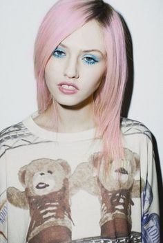 pink hair with dark roots.love it!