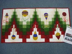 Patterns for Christmas Table Runners | bargello christmas table runner supply list dec la table pattern ...