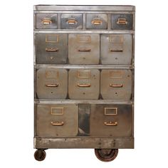 // cabinet