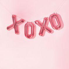 Quem olha para os balões e logo lembra de Gossip Girl #xoxo