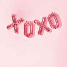 "146 mentions J'aime, 5 commentaires - SISLLA (@sislla) sur Instagram: ""Quem olha para os balões e logo lembra de Gossip Girl  #xoxo"""