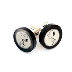 Snoopy cufflinks made from obsidian, we have 2 version of Snoopy cufflinks, images printed from damask, they are in the gift box, great gift