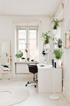 White Color and Natural Workspace Design Ideas | Interior Minimalist Design