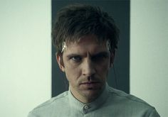The Mysterious Benedict Society: This is when Milligan is strapped at The Whisperer to take his memories away. BTW that is Dan Stevens. Legion Fox, Downton Abbey Dan Stevens, The Mysterious Benedict Society, School Of The Dead, Marvel And Dc Characters, Marvel Facts, Charles Xavier, Jane The Virgin, Fan Picture
