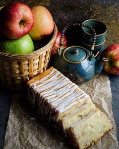 Apple Buttermilk Loaf Cake.  #autumn #Halloween #Thanksgiving