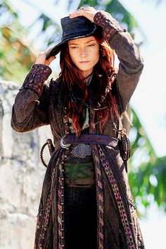 Clara Paget as Anne Bonny in Black Sails: XXI (3.03).