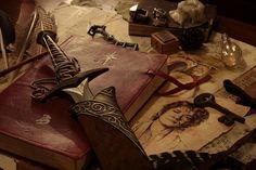 Bilbo's treasures, Peter Jackson's The Hobbit O Hobbit, Hobbit Hole, Aragorn, Gandalf, Legolas, Fellowship Of The Ring, Lord Of The Rings, Book Aesthetic, Character Aesthetic