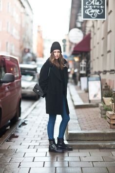 Find images and videos about fashion, goals and caroline blomst on We Heart It - the app to get lost in what you love. Fall Winter Outfits, Autumn Winter Fashion, Unique Fashion, Daily Fashion, Mode Style, Style Me, Caroline Blomst, Turban Style, Blue Boots