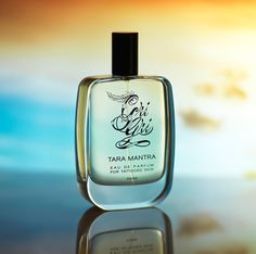 eau de parfum TARA MANTRA - Gri Gri : Valentine's Day is on the horizon and fragrance can make the loveliest, most romantic present for your partner, if you get it right. But how to choose the right one? We strongly believe that fragrance isn't gendered, anyone can wear anything. But we also know we are bold in our approach and not everyone is [...] Read More >