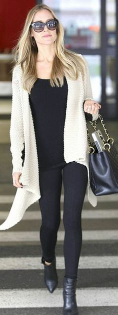Who made  Kristin Cavallari's black ankle boots and quilted tote handbag that she wore at LAX airport?