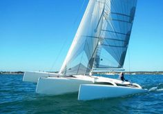 Wow, I really love this boat! :) Multi 23 Trailerable Trimaran 2012 Model