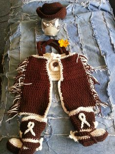 Cowboy Hat, Diaper Cover, Chaps, and Boots FREE Crochet Pattern  Tc = boots with Spurs, hat add band & star, and chaps