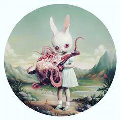Roby Dwi Antono: O belo o pop e o bizarro.  #artedrops #rabbit #creepy #bizarre #ilustração Visite Artedrops.com para mais inspiração!