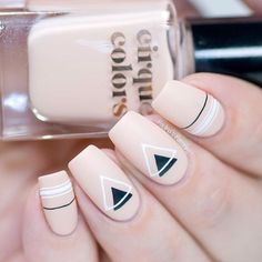 In today's post I am sharing my thoughts on the new Bundle Monster Pencil Stamper (click). Nail Manicure, Toe Nails, Pink Nails, Nail Polish, Coffin Nails, Stylish Nails, Trendy Nails, Nagellack Design, Jelly Nails