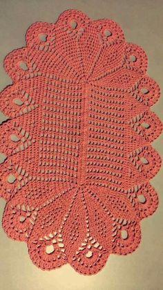 Image gallery – Page 495677502734505224 – Artofit Crochet Carpet, Crochet Home, Unique Crochet, Vintage Crochet, Lace Doilies, Crochet Doilies, Crochet Table Runner Pattern, Felt Cushion, Knitting Patterns