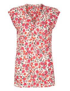 Sleeveless Floral Blouse Clothing