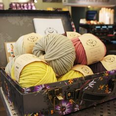 Beautiful chunky wool in vintage pastel colours. Stitch & Story Beginner knitting workshops, perfect gift for friends