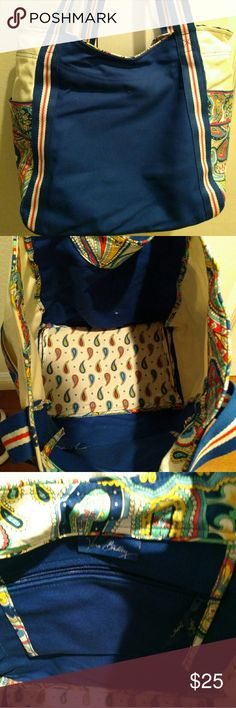 """Vera Bradley extra large canvas tote bag Gently used comes from smoke free home 19x14x8""""   11"""" strap drop Vera Bradley Bags Totes"""