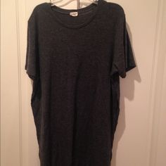 Brandy Melville long top Brandy Melville John Galt long grey ribbed top with slit. Barely worn super cute I just had too many colors of this top Brandy Melville Tops Tees - Short Sleeve